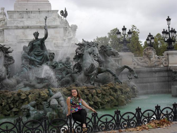 фонтан у памятника жирондистам