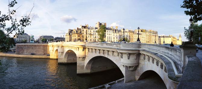 Пон-Нёф в Париже