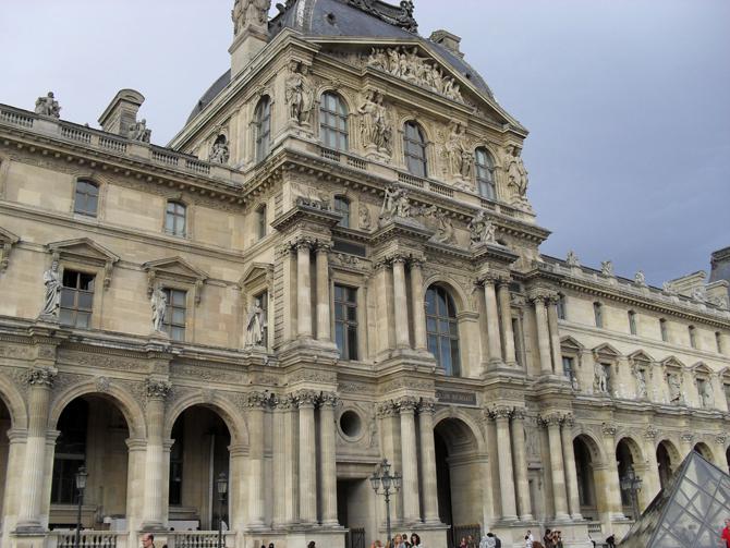 Павильон Ришелье Лувр