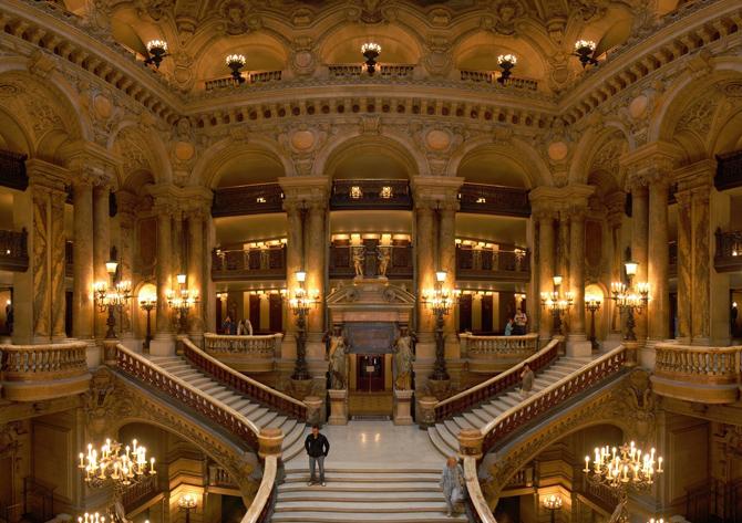 парадная лестница Опера-гарнье