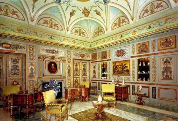 комната Мазарини