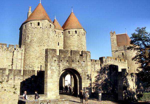 Нарбонские ворота