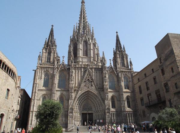 Собор Святого Креста Барселона