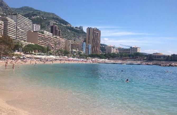Пляж Роза ветров в Монако